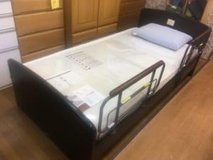 医療介護用ベッド